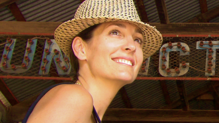 Daniela Federici in Broome, Sun Pictures